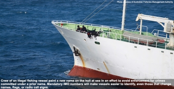 iuu-painting-ship-illegally-776-lw